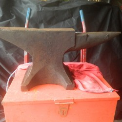 Large metal blacksmiths anvil 1