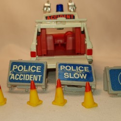 Corgi Cars Police Accident Vehicle 'Vigilant' Range Rover 461